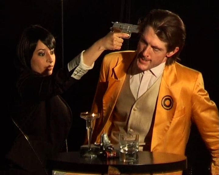 """Acte II scène 4 = """"Une infiltrée"""""""