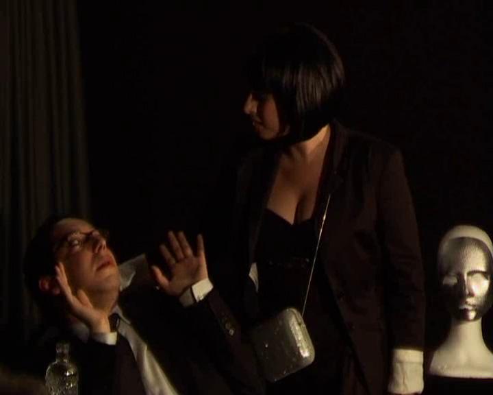 """Acte II scène 5 = """"chopé la main au panier"""""""